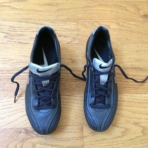 Nike Tiempo Mystic FG Cleat Sneaker